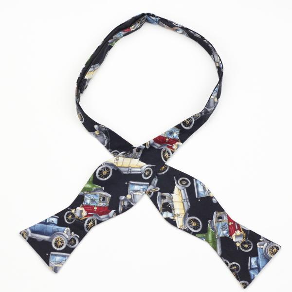 Antique Cars self tie bow ties by Kruwear