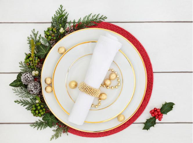 Как сервировать стол для встречи Нового 2019 года
