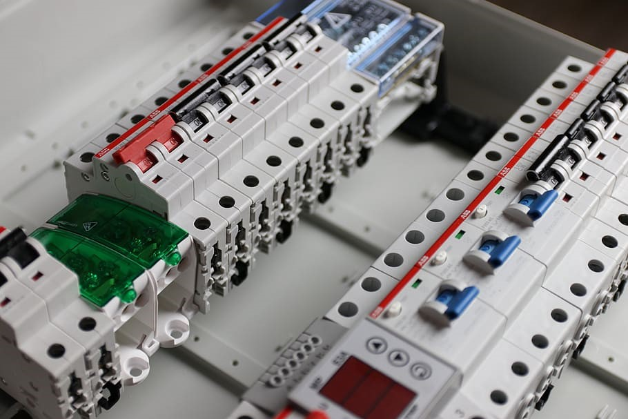Converting A Home From Fuses to Circuit Breakers