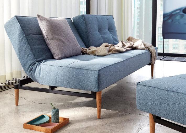 canape lit moderne 6 couleurs pietement bois au choix splitback innovation living
