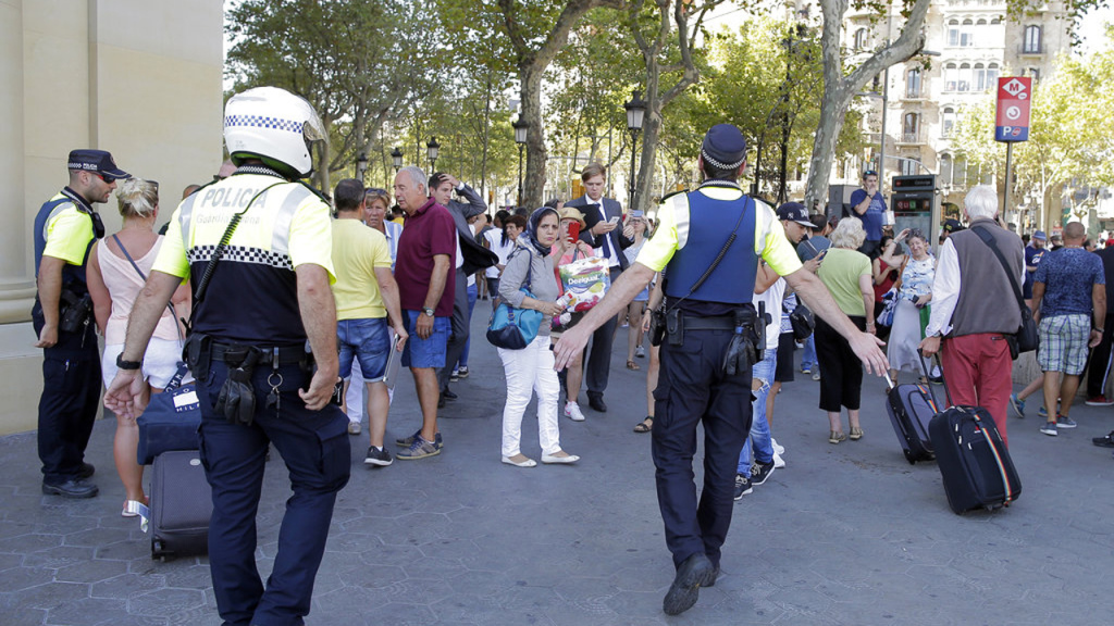 Spain Barcelona Pedestrians Hit_433940