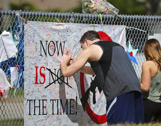 APTOPIX Florida School Shooting_527553