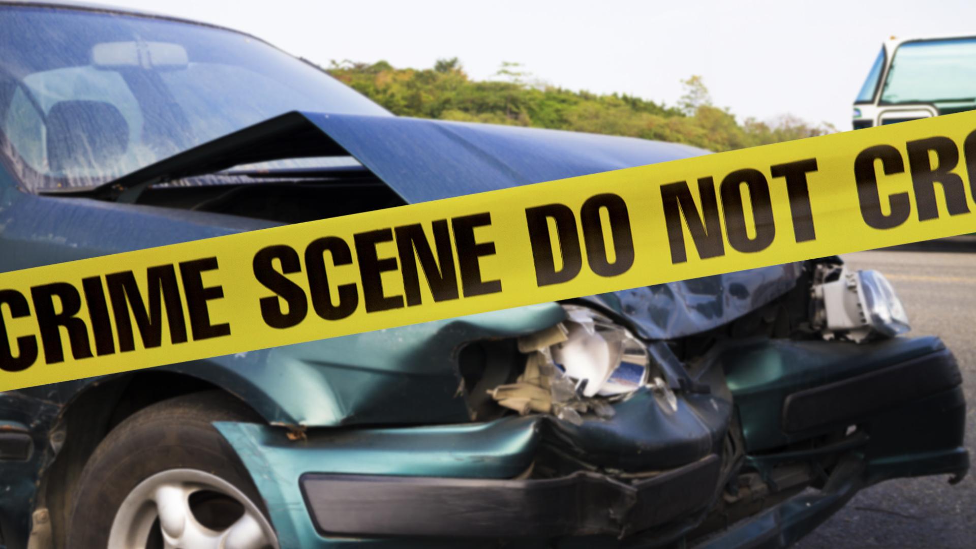 car crash with tape_180140