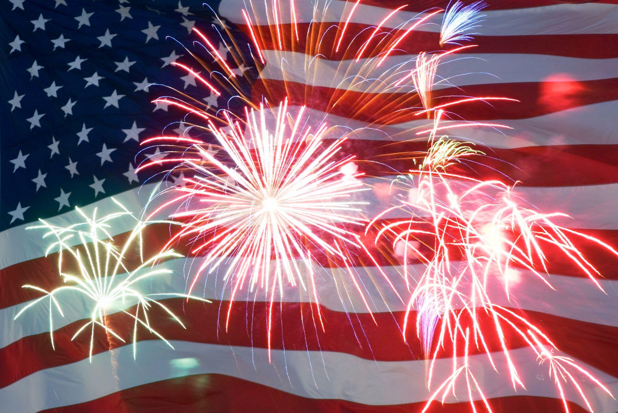 flag-fireworks1_138535