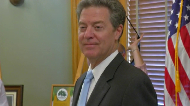 brownback-press-conference_frame_8458_375284