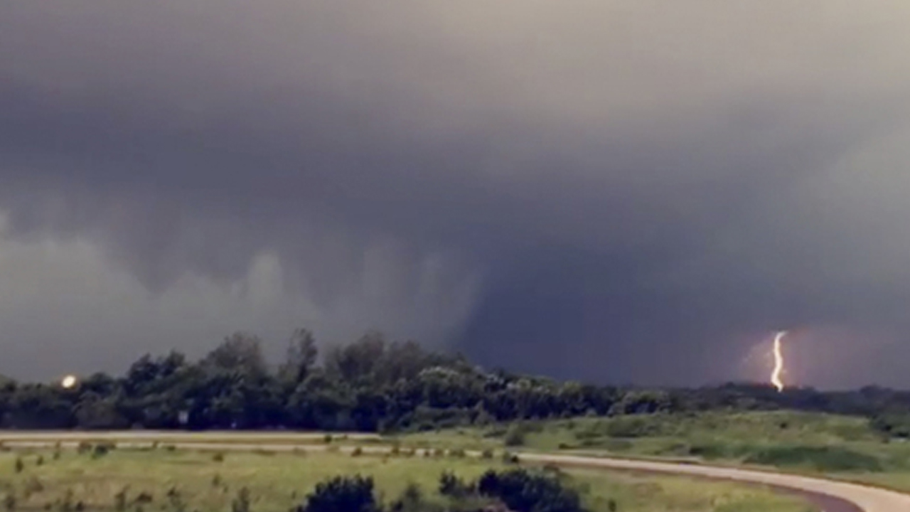Severe Weather Tornado Season_1559139191499
