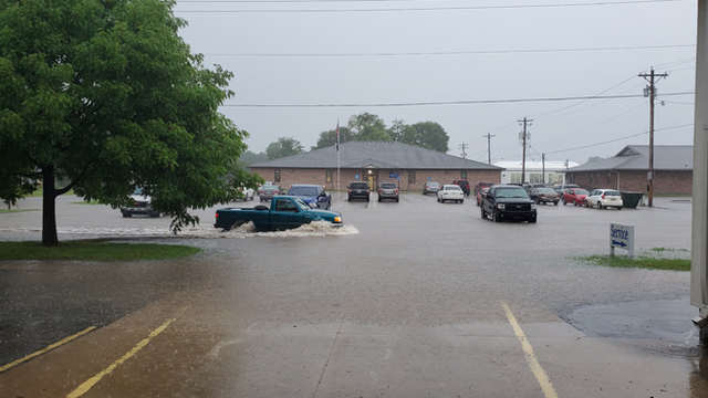 Winfield flooding_1559839359542.jpg_91038484_ver1.0_640_360_1559842620363.jpg.jpg