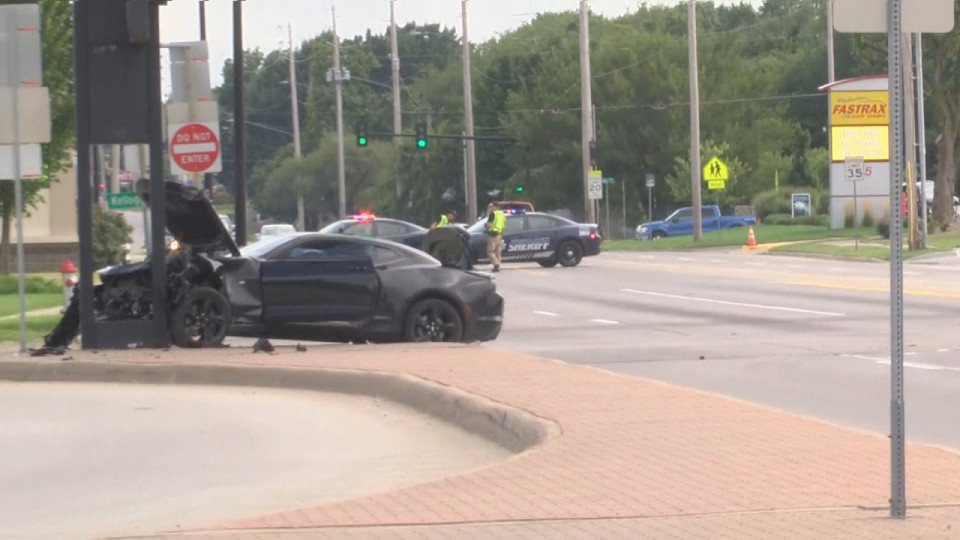 Wichita reporter injured as man fled Sedgwick Co  jail | KSNT News