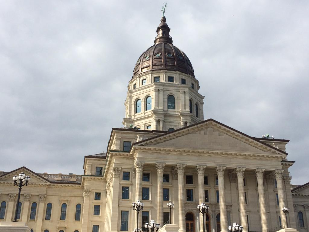 Kansas seeing downward trend in COVID-19 cases, Gov. Kelly says