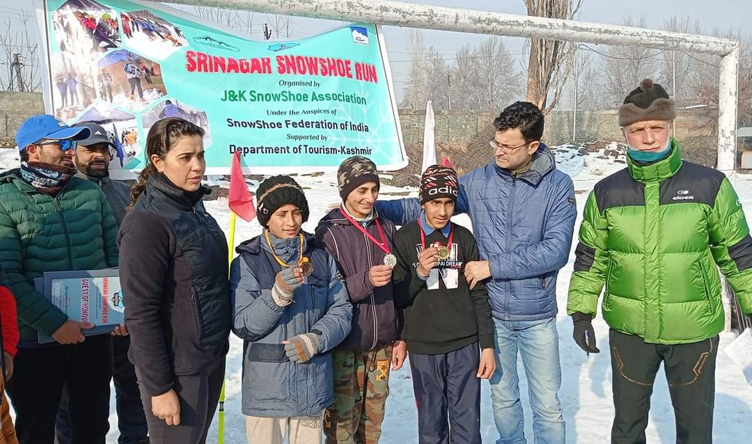 On World Snow Day major SnowShoe event held in Srinagar city