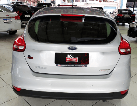 Ford_Focus_Hatch_KS_Veiculos_03