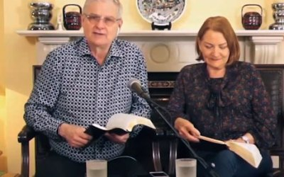 20.04.20 Devotional with Colin & Amanda