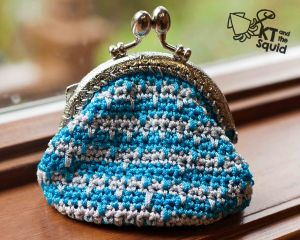 Sizzle coin purse free crochet pattern