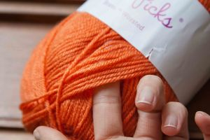 Knit Picks Brava: A Detailed Yarn Review | KT and the Squid