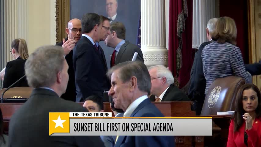 Governor Greg Abbott Calls For a Special Session_27849139