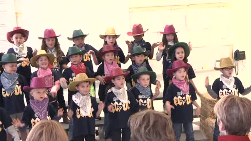 EPISD EDUCATION MINUTE- DUAL LANGUAGE PROGRAMS_89989657