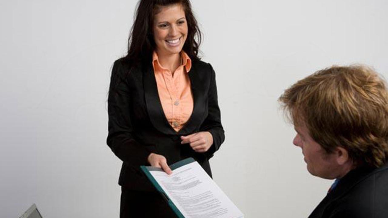 woman-resume-job-application_1515781022598_332007_ver1_20180113051813-159532