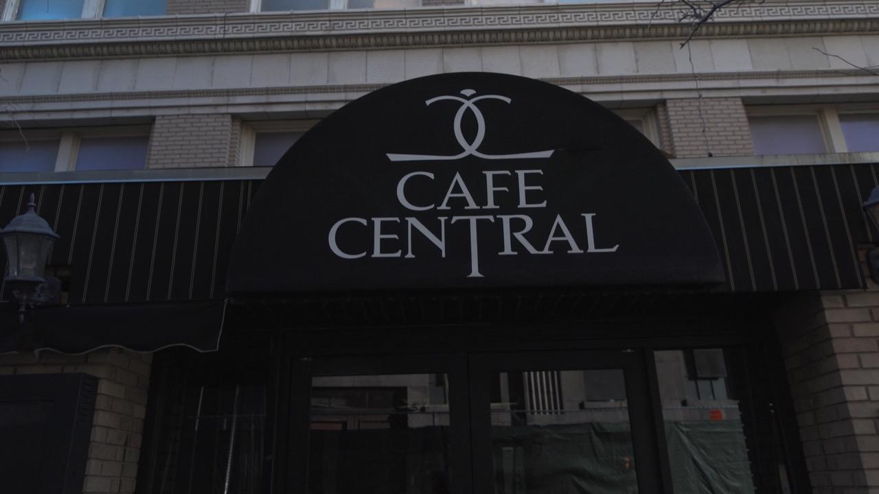 Cafe Central sign
