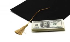 Report: Nearly 1 million community colleges don't offer federal student loans