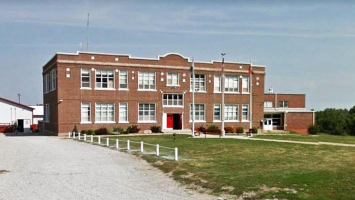 Winston R-6 School