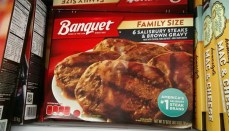 Banqust family size salisbury steaks