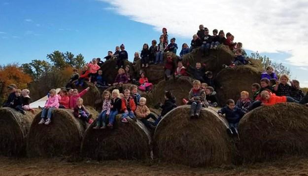 Preschool at Chillicothe attend Papa Charlies Pumpkin Patch