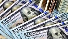 Money or one hundred dollar bills