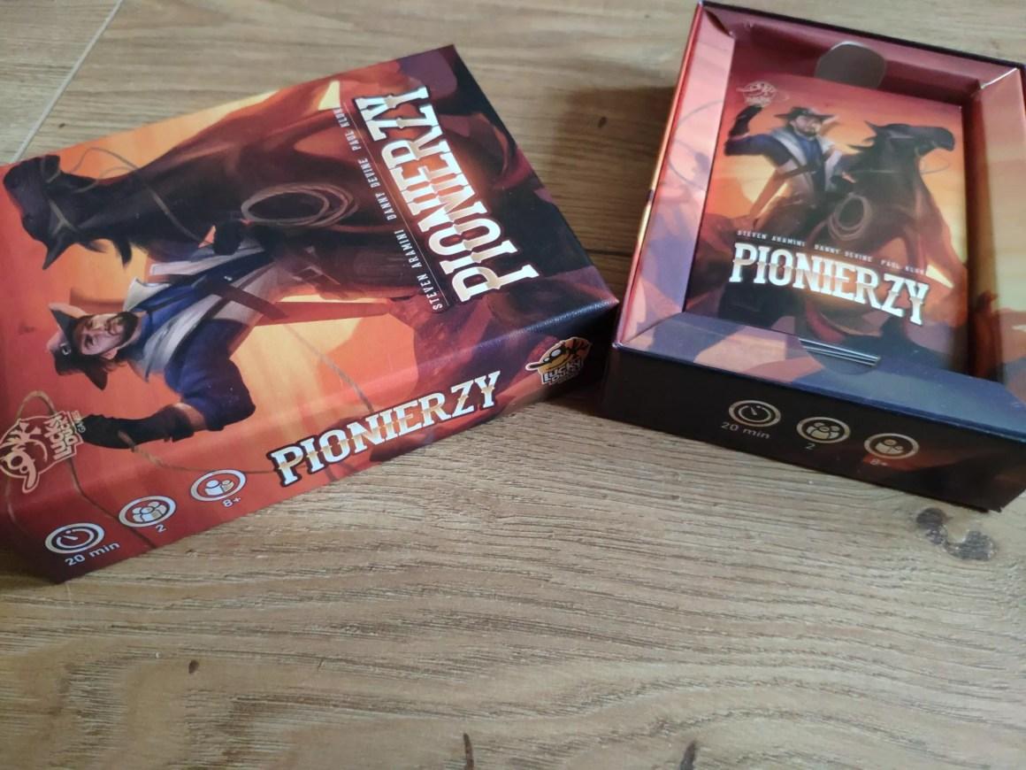 Pionierzy pudełko