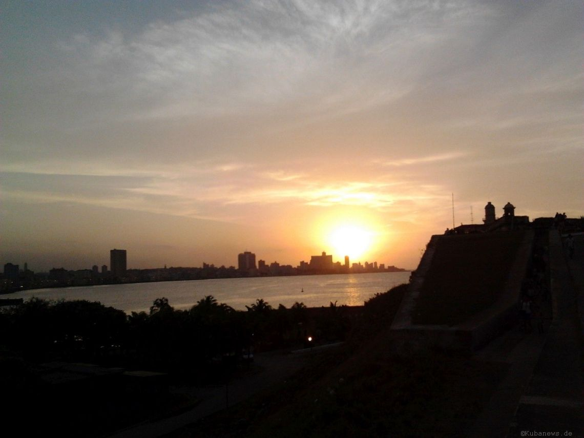 Bild: Blick von El Moro auf Havanna