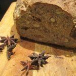 WP #100 z J.Hamelmanem! Chleb na pszennym zakwasie z figami,orzechami laskowymi i ziarnami anyżku.