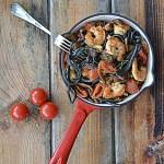 Linguine z sepią, krewetkami i grzybami. Pasta e Vino!