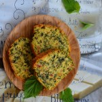 Ciasto z pokrzywą i suszonymi pomidorami. Śniadanie dla Niej i dla Niego