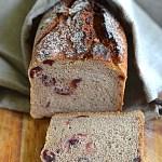 Chleb na zakwasie z wiśniami  w lipcowej Piekarni!
