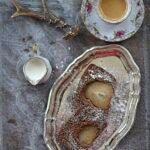 Korzenno herbaciane ciasto z gruszkami. Kronika grudniowych wypadków