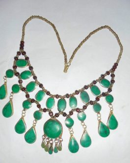 Ladies Necklace of Green Malachite Stone