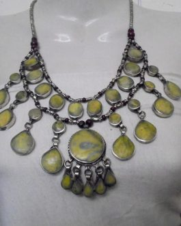 Jade Stone 3 Lines necklace