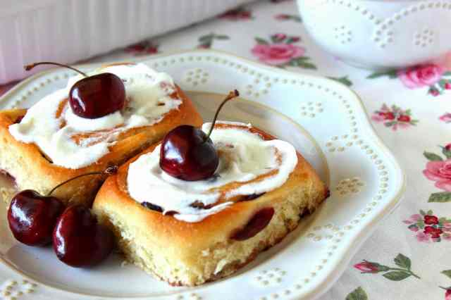 Sweet Cherry Rolls Recipe - kudoskitchenbyrenee.com