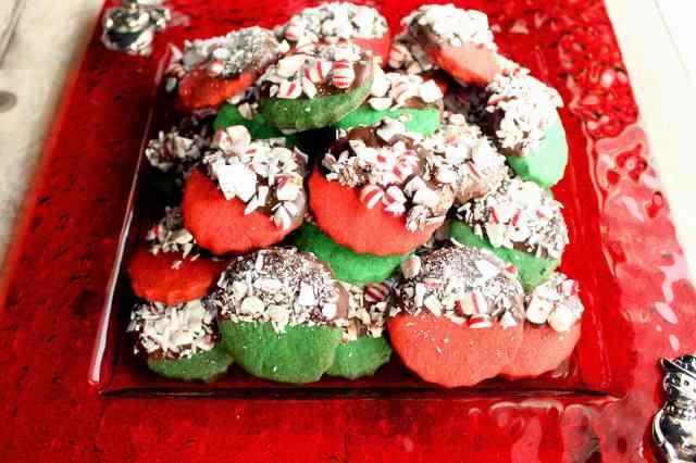 Peppermint Shortbread Cookies