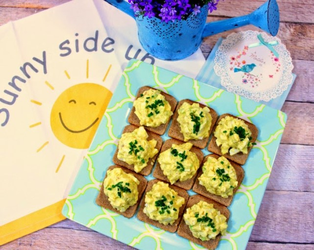 Easy Creamy Egg Salad Canapes - Kudos Kitchen by Renee