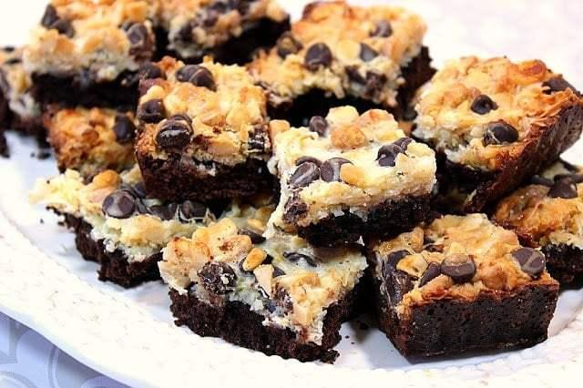 Magic Coconut Brownie Bars with Macadamia Nuts - www.kudoskitchenbyrenee.com