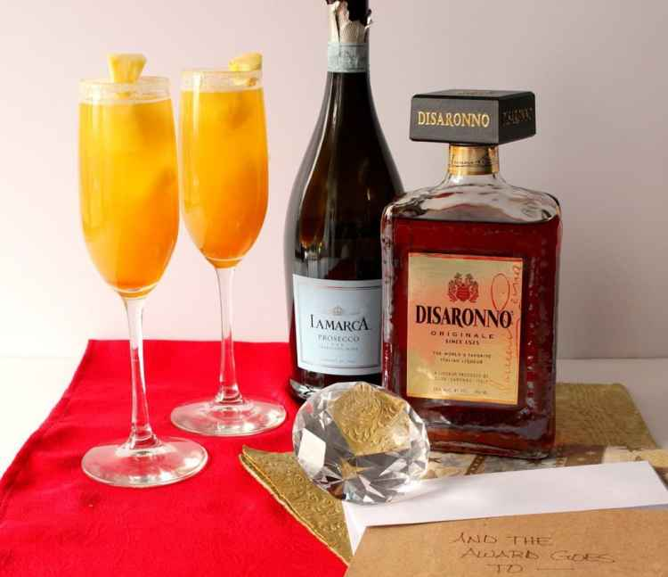 Prosecco Cocktail for the Academy Awards
