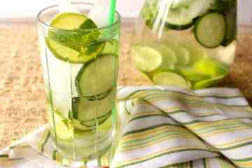 Keep your body healthy and strong by staying active and keep hydrated with this fitness water of cucumber, lime, and mint.