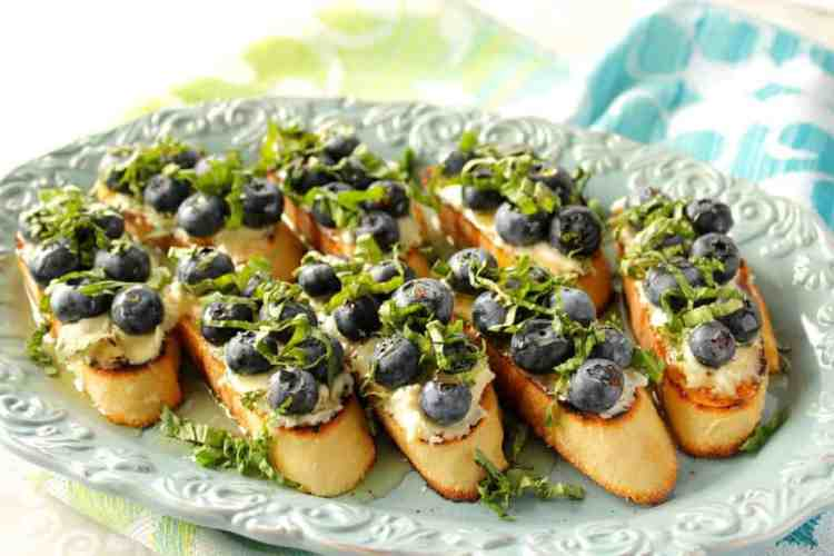 Bruschetta Appetizer with Blueberries and Basil