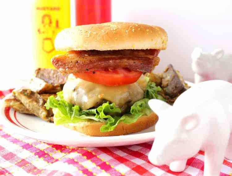 Pork Belly Burger with gouda cheese