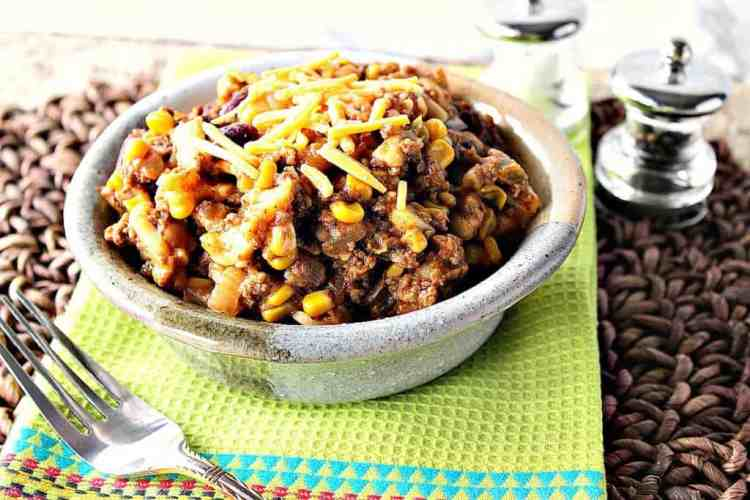Slow Cooker Chili Mac with Cheddar Cheese | Kudos Kitchen by Renee