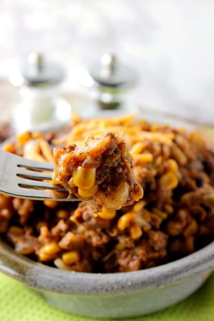 Hearty Slow Cooker Chili Mac with ground beef and corn | Kudos Kitchen by Renee