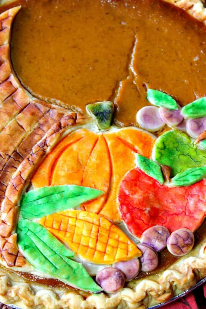 Festive Cornucopia Pie Crust For Thanksgiving