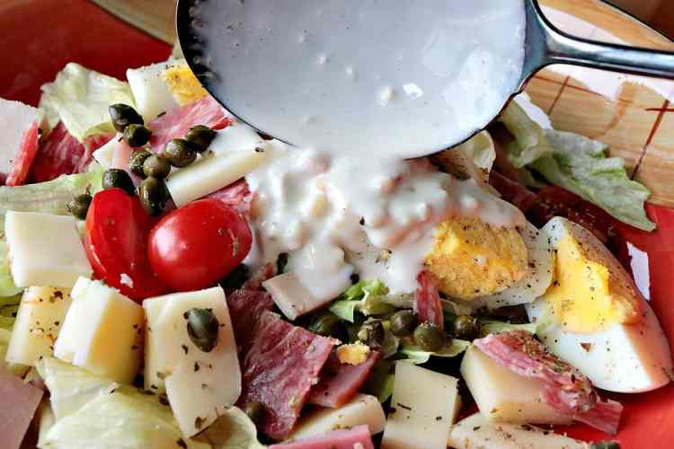 Chef's Salad with Homemade Blue Cheese Dressing - kudoskitchenbyrenee.com