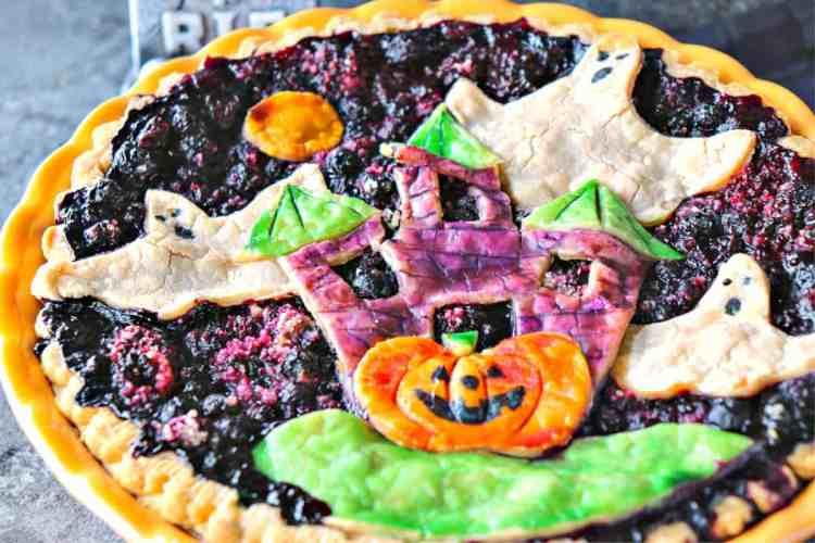 Hauntingly Delicious Boo Berry Pie - kudoskitchenbyrenee.com