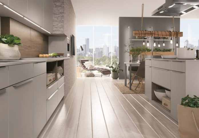 The company has, due to company history, traditional traits in marketing. But if you take a look at the 2019/20 collection, you will see that the kitchens interact with ultra-modern trends. (Photo: nobilia)